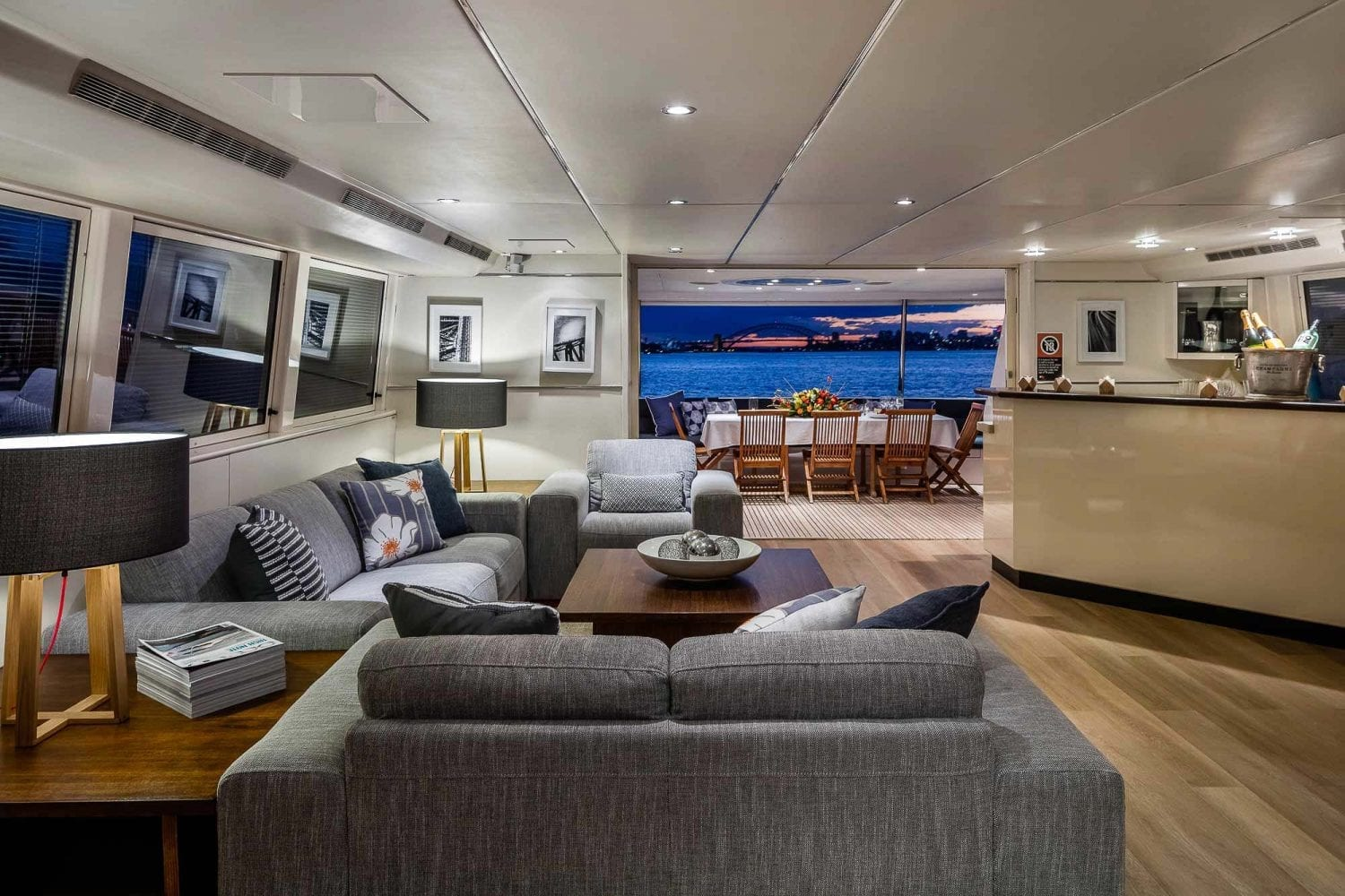 Private Boat Yacht Hire Cruise