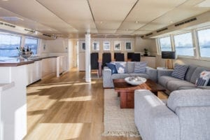 Sydney International Boat Hire Cruise